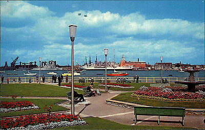 Portsmouth Hampshire vintage postcard ~1960/70 The Harbour seen from Gosport