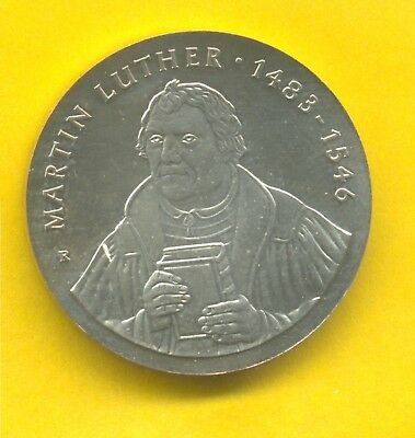 DDR 20 Mark 1983 - Martin Luther stgl  (2300)