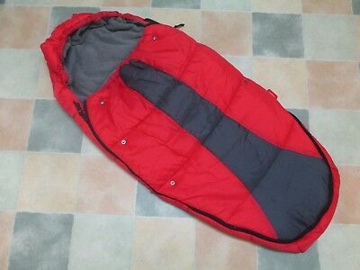 Phil & Teds Snuggle & Snooze Sleeping Bag Cosy Toes - Red & Grey