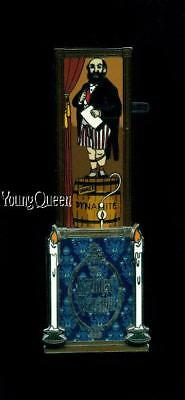 Disney Haunted Mansion Stretching Room Portrait Dynamite Le Pin
