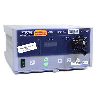 Karl Storz 20133120-1 SCB Xenon 300 Light Source & Turret Adapter 487UO