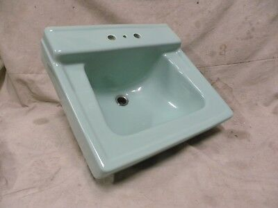 Vtg Modern Eames Era Retro Ceramic Porcelain Pale Jade Green Bathroom Sink (D)