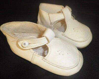 SUPERB  VINTAGE SOFT LEATHER BABIES SHOES size 3