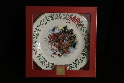 Lenox Santa's Woodland Visit 2004 For the Holidays Annual Chistmas Plate