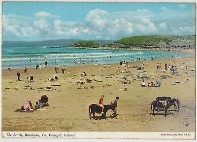 THE BEACH BUNDORAN Co. DONEGAL IRELAND 1970 USED HINDE POSTCARD STAMP REMOVED
