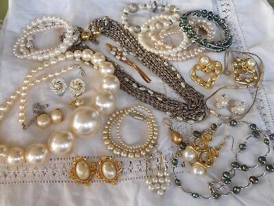 Lovely HUGE Collection of Vintage 1950s/60s PEARL COSTUME Jewellery