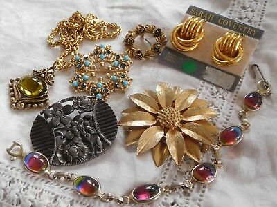 Lovely Collection of Vintage 1950s60s Costume Jewellery all signed SARAH Cov