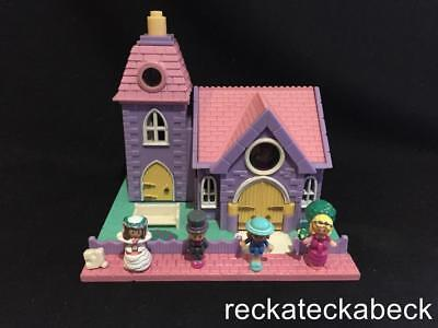 1993 Polly pocket WEDDING CHAPEL - POLLYVILLE  RARE 100% complete LIGHTS UP