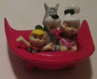"""1990 The JETSONS Astro Elroy & Judy in red spaceship PVC Figure 2.75"""""""