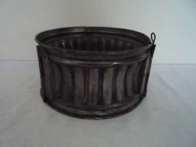 Vintage French Game Gala Pie Hinged Metal Mould Mold Fluted Design 6 1/2 Inch