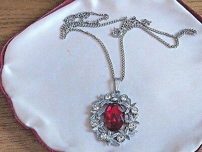 Vintage Jewellery lovely sparkly silver tone ruby glass & crystal necklace