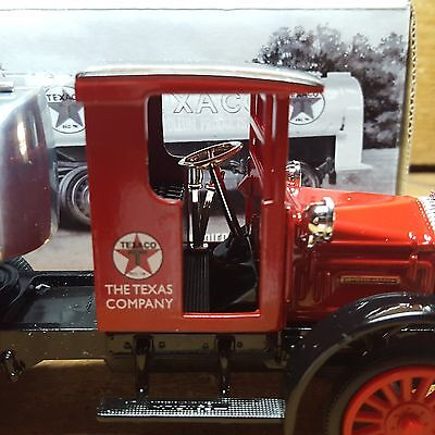 Texaco ~1920 Pierce Arrow Cab With Tanker~ Special Edition~New In Box~Metal Bank