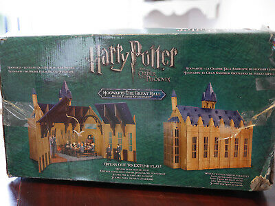 Harry Potter Hogwarts The Great Hall Deluxe Playset and Figurines