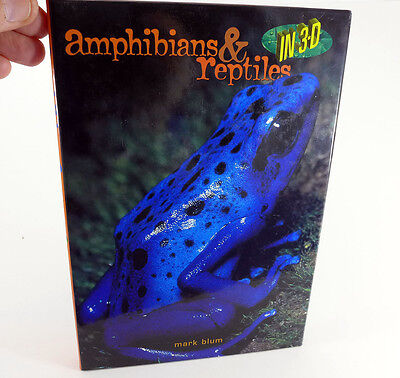 Amphibians & reptiles in 3-D book by Mark Bloom, built-in viewer - nice!! - SK