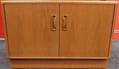 Vintage / Retro G-PLAN Fresco Teak Veneer Light Wood Low Cupboard / Cabinet -T19