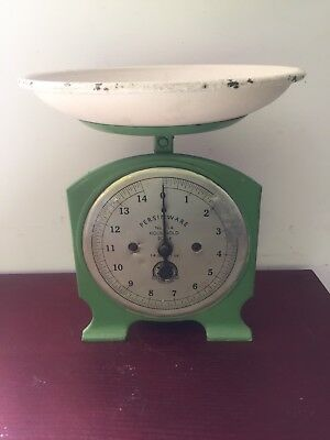 Vintage persinware scales Green Metal Tin Retro Kitchen