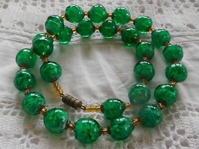 Beautiful Vintage 1960s Green Venetian Glass Bead Necklace