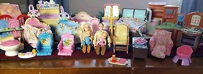 Fisher Price 29 piece Loving Family Dollhouse Furniture and family set HUGE LOT!