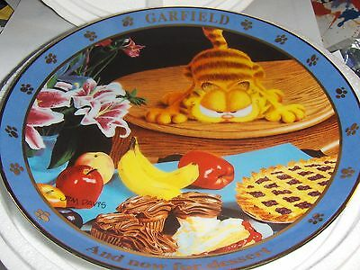 """Danbury Mint Garfield """" And now For Dessert """" 1978 Collectors Plate #A2891"""