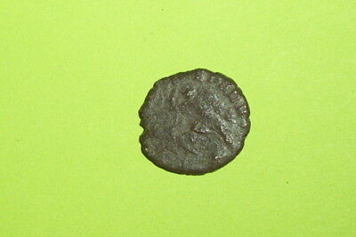 Ancient ROMAN COIN killing horseman CONSTANTIUS II 324-361 AD soldier spear army