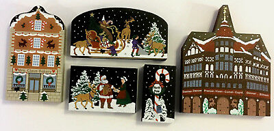 The Cats Meow Village ~ The North Pole Village ~ Christmas Decoration