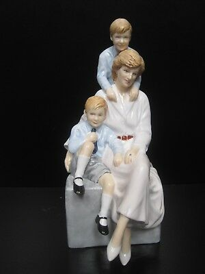 $300 Royal Doulton Remembering Diana A Loving Mother Figurine #HN5857 LE 2000
