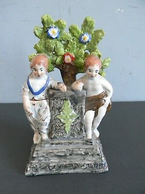 ANTIQUE STAFFORDSHIRE PEARLWARE GROUP CHILDREN HOLDING FLOWERS - Early 19th C