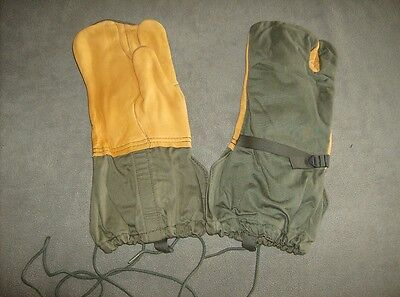 Genuine US military surplus M1965 cold weather trigger finger mittens liners M