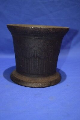 "Large Antique Victorian 19c Cast Iron Pestle Apothecary Vessel  6""by 6 3/4"""