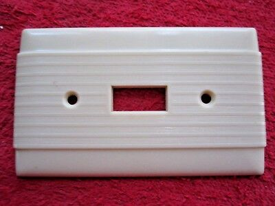 Vintage Hubbell Uniline Ivory Bakelite Ribbed Light Switch Cover