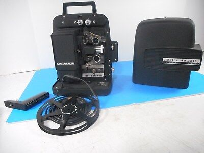 """Bell & Howell Model 256 8mm Movie Film Projector Auto Load """"Working"""" w/Case"""
