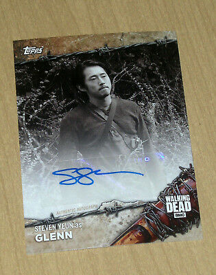 2017 Topps Walking Dead On Demand Black/White autograph Steven Yeun GLENN 4/5
