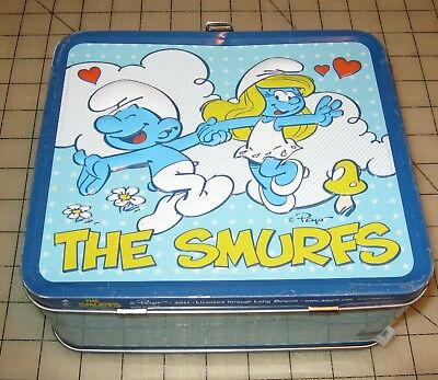 The SMURFS 2011 Metal Lunch Box - No Thermos
