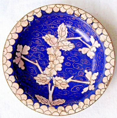 "Vintage Chinese Cloisonne Enamel Bowl Or Plate Blue & White 4"" Diameter China"