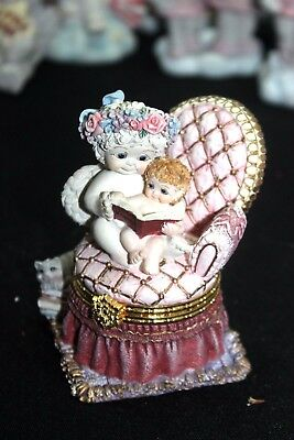 "2001 Dreamsicles ""Story Time"" Trinket Box Figurine  #11979"