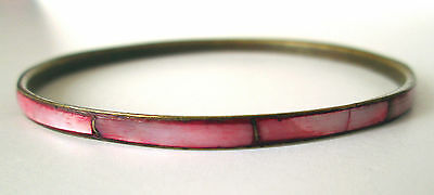 Vintage Retro Bangle Bracelet Brass or Gold Tone Metal Coral Pink shell inlay