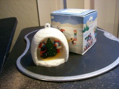 Vintage 1983 Avon Ornament WINTER FUN Igloo w/Box