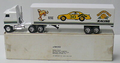 """Ertl >  """"trucks Of The World"""" >> Country Time Racing >. 9450"""