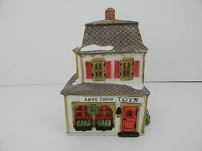Dept 56 New England Village Anne Shaw Toys #59390 D56 Has light cord