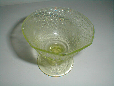 L E Smith Glass Canary Yellow BY CRACKY Crackle Glass Vaseline Sherbet/s