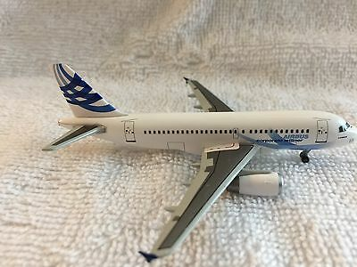 Rare Vintage Dragon Wings Airbus A319 Corporate Jetliner - #55682 - New In Box