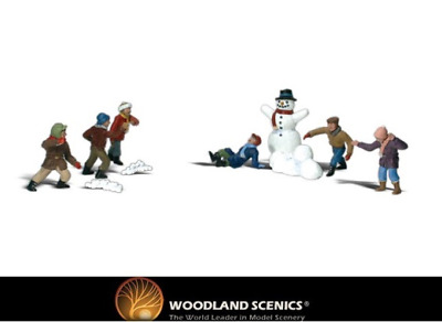 Woodland Scenics A2183 Snowball Fight Figures N Gauge