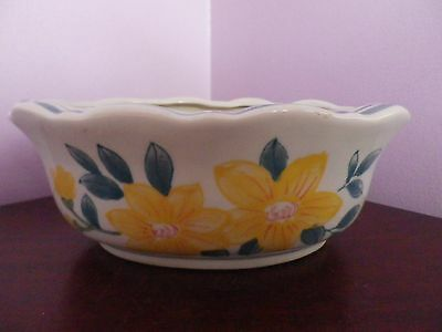 Fabulous Vintage Chinese Oval Flowers Design Planter 20 Cms Long, 13 Cms Width
