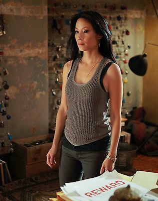 Lucy Liu Unsigned 8x10 Photo (40)