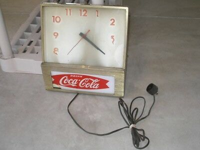 Vintage Drink Coca Cola Fishtail Price Brothers Light Up Wall Clock
