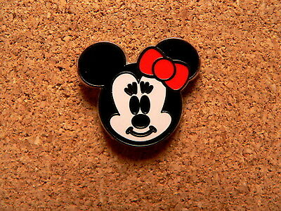 Minnie Disney Pin - Mini-Pin Collection - Cute Character Faces - Version 2