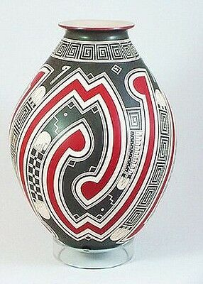 MATA ORTIZ Pottery Museum Quality Vase Olla Hand Built Painted by Roberto Olivas