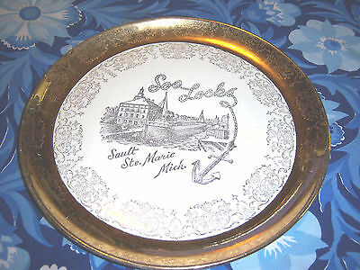 """Soo Locks Sault Ste Marie Mich Plate Warranted 22 K Gold by Sabin """"Crest O Gold"""""""