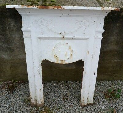Antique Cast Iron Fire Surround. Approx 75cm x 93cm