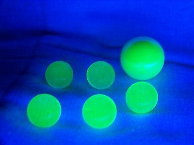 6 ULTRAVIOLET UV  VASELINE URANIUM GLASS 5 -9/16 & 1 SHOOTER MARBLES ((id121343)